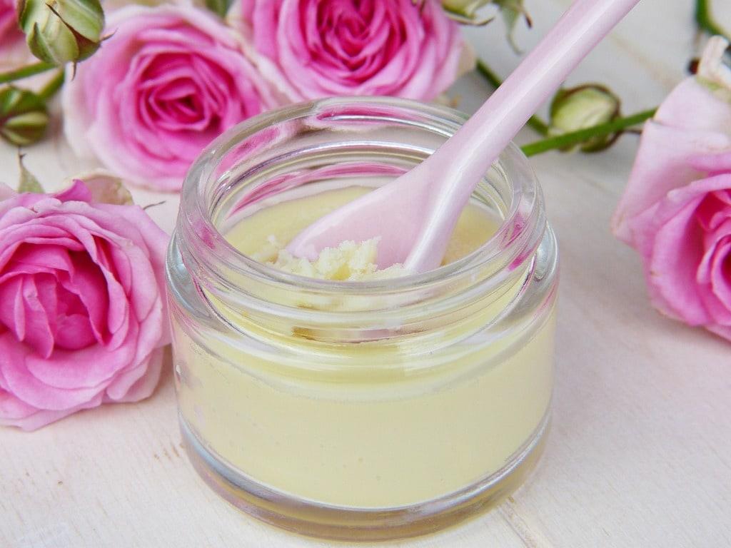 Pourquoi faire sa propre crème hydratante avec de l'huile de coco